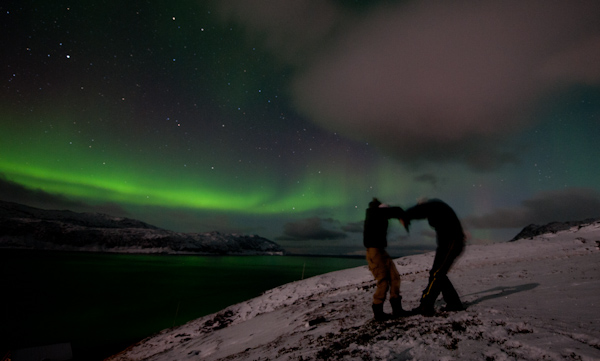 - you will face nature The environment in the Norwegian Arctic offers something for everyone, whether you like the wild and spectacular challenge or the slow, comfortable retreat. Facing nature will leave a lasting impression.