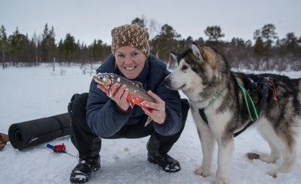 Snow shoe hike with icefishing